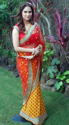 Bollywood Actress Lara Dutta In Red And Yellow Saree Beautiful Girl Indian, Beautiful Indian Actress, Gorgeous Women, Beautiful People, Designer Sarees Wedding, Latest Designer Sarees, Bollywood Girls, Bollywood Celebrities, Casual Indian Fashion