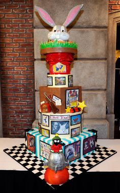 Obsessed. Looney Tunes cake