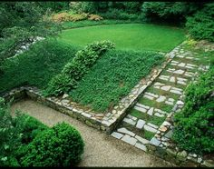 This comes from Houzz but wouldn't let me pin directly. Here is the link:   http://www.houzz.com/projects/291146/wellesley-ma-garden