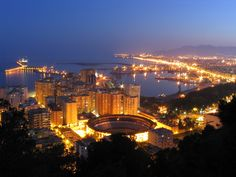 En ¡2 días! estaremos en #AIETI7, Málaga. ¡Inscríbete en nuestro taller y llévate un bono para revisar tus textos en español! :) ow.ly/HD0C6