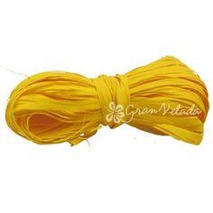 Cinta de Rafia Amarilla, para envolver y decorar tus regalos y detalles de invitado. #packaging decorativo. Disponible en Gran Velada