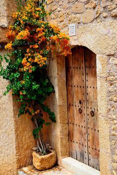Hauseingang  in Capdepera, Mallorca, by Markus Hermenau