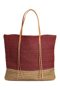 Shopper in braided paper straw with a metallic-colored lower section. Zip at top, two imitation leather handles with decorative fringe, and three inner compartments, one with zip. Lined. Size 3 x 16 x 18 in. Best Beach Bag, Beach Bags, Swedish Brands, Burgundy And Gold, Shopper Bag, Metallic Colors, H&m Fashion, Leather Handle, Girls Shoes