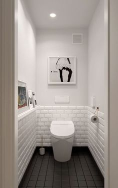 Scandinavian bathroom design ideas with white shades that you . - Scandinavian bathroom design ideas with white shades that you - Small White Bathrooms, Small Bathroom, Scandinavian Bathroom Design Ideas, Bathrooms Remodel, Trendy Bathroom, Small Toilet Room, Toilet Design, Painting Bathroom, White Bathroom