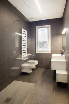 If you have a small bathroom in your home, don't be confuse to change to make it look larger. Not only small bathroom, but also the largest bathrooms have their problems and design flaws. Diy Bathroom Decor, Bathroom Design Small, Bathroom Styling, Bathroom Interior Design, Modern Bathroom, Bathroom Ideas, Office Bathroom, Bathroom Designs, Restroom Design