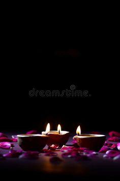 Diya Lamp, Christmas Lights Background, Happy Diwali Images, Diwali Celebration, Creative Crafts, Ganesha, Color Palettes, Festivals, Temple