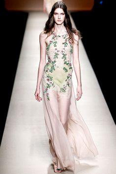 Alberta Ferretti - Ready to Wear, Spring Summer 2015 Milan  Pinned 24 Sept 2014