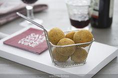 Bolitas de patata y bacalao