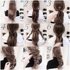 ①②サイドの毛を少しずつ取り1つに束ねます。 ③④くるりんぱします。 ⑤サイドの毛を外側から少しずつ取ります。 ⑥髪を束ねてくるりんぱします。 ⑦同様にして、くるりんぱを7回します。 ⑧⑨指で髪を引き出し、ルーズに崩して完成。