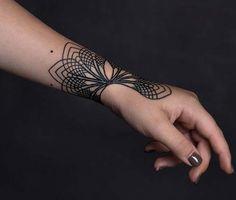 geometrik bilek dövmeleri geometric wrist tattoos 4