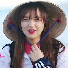 Fiction Stories, Cheng Xiao, Kawaii, Cosmic Girls, Seong, Female Characters, Idol, Cute, People
