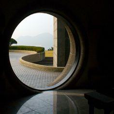 a portal! yep, awesome