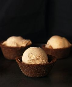 Pumpkin Ice Cream in Gingersnap Bowl