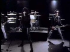 Merry Christmas 2012...The Ramones - Merry Christmas (I Don't Want To Fight Tonight)