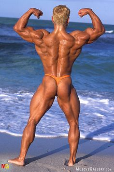best muscle men into thongs and bulge gear images