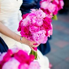dark pink wedding flowers