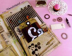 Lucy-Wonderland: file folder per il traveler's notebook