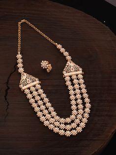 Dimond Necklace, Diamond Necklace Set, Diamond Jewelry, Gold Jewelry, Indian Jewelry Earrings, Royal Jewelry, Temple Jewellery, Jewellery Sketches, Gold Jewellery Design