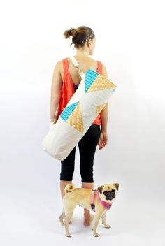 How to sew a yoga bag tutorial and PDF download pattern.