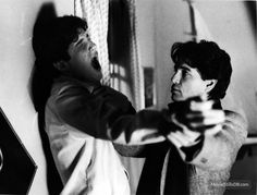 Fright Night - Publicity still of Chris Sarandon & William Ragsdale. The image measures 1556 * 1182 pixels and was added on 27 July Best Vampire Movies, Vampire Film, Fear Fest, Chris Sarandon, Cinema, Famous Monsters, Fright Night, Halloween Horror, Movies