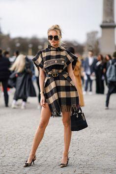 Dior Fashion, Vogue Fashion, Fashion 2020, Runway Fashion, Fashion Brands, Style Outfits, Fashion Outfits, Inka Williams, Looks Dark