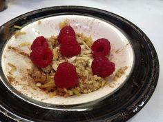 Day 3: Breakfast - Quinoa porridge with almond milk, cinnamon, grated apple, flaked almonds and raspberries.