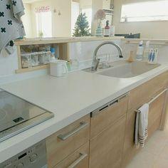 女性で、のキッチンニッチ/アレスタ/LIXIL/Myhome/北欧ナチュラル/新築マイホーム…などについてのインテリア実例を紹介。「連投失礼します。 キッチンもお掃除。 とりあえずキレイになりました。」(この写真は 2016-12-12 12:28:22 に共有されました)