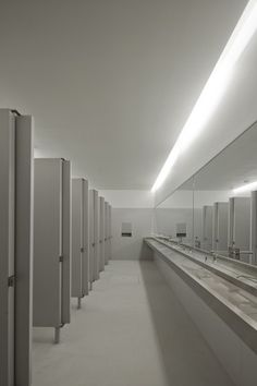 Lamego Multi Purpose Pavillion / Barbosa & Guimarães | ArchDaily