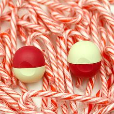 Candy cane color-blocking with Limited Edition Vanilla Bean and Pomegranate Raspberry