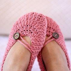 Pink slippers - crochet pattern