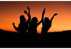 Self-Esteem: The Right Way (Social Skills Confidence Set) [Udemy Free Coupon - Off] Group Pictures, Friend Pictures, Friend Pics, Party Pictures, Insta Tumblr, Caption For Girls, Silhouette Pictures, Sunset Silhouette, Outfit Des Tages
