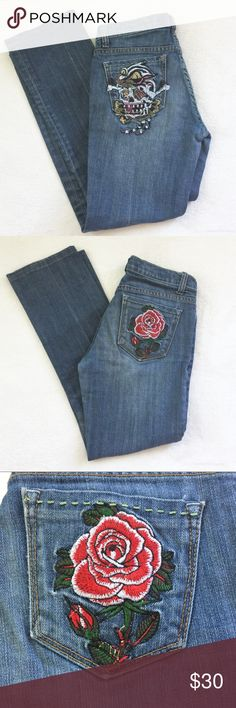 "New London Indelible Embroidered Jeans GUC. Inseam approximately 26"", rise approximately 7"". Lion washed in blue fastener. 98% cotton, 2% spandex. New London Jeans Straight Leg"