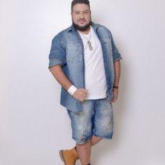 Profession : Plus Size Male Model - Mannequin homme grande taille - Marcio Valadares - Mens Plus Size Fashion, Chubby Men Fashion, Big Men Fashion, Big Mens Summer Fashion, Summer Men, Plus Zise, Mode Plus, Plus Size Men, Moda Plus Size