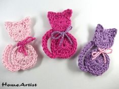 Listing is for 3 crochet embellishments, mix of colours. Each motif is made in a quality cotton yarn, which is soft and machine washable. Crochet Motifs, Crochet Flower Patterns, Crochet Squares, Crochet Flowers, Crochet Stitches, Knitting Patterns, Crochet Crafts, Crochet Toys, Crochet Baby