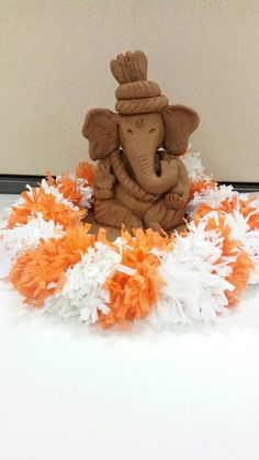 Create by grounded clay. Do let me know if you want this tutorial. Diy Diwali Decorations, Festival Decorations, Flower Decorations, Ganesh Chaturthi Decoration, Happy Ganesh Chaturthi, Clay Ganesha, Ganesha Art, Ganesha Sketch, Eco Friendly Ganesha