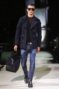 Dean and Dan Caten celebrate 20 years of with a retrospective menswear collection for Fall/Winter 2015 showcased at Milan Fashion Week. Outfits Casual, Komplette Outfits, Men Casual, Best Mens Fashion, Look Fashion, Winter Fashion, Sporty Fashion, Ski Fashion, Look Street Style