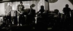 ¡Toca breakbeat, perro! Reseña del nuevo disco de la banda de #rock sevillana Blusa. http://caosblanco.wordpress.com/2014/04/22/toca-breakbeat-perro/ #indie