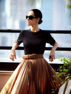Love the drama of this pleated skirt.