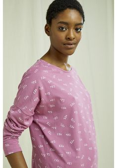 Lightweight, organic and breathable nightwear long sleeve top. This comfortable pyjama collection is printed with an intricate ZZZ design and made from the softest 100% GOTS certified organic cotton in violet shade–perfect for lounging or sleeping. Made by People Tree Fair Trade producer partner Assisi. Fair Trade, Nightwear, Chef Jackets, Long Sleeve Tops, Organic Cotton, Pajamas, Printed, People, Christmas