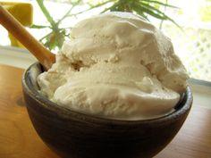 Vanilla Egg-Free Ice Cream