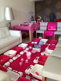 Pamper your feet in this girly spa party setup. Perfect for National Host A Spa Party Day Jan. Spa Day Party, Hotel Party, Girl Spa Party, Party Set, Spa Party Favors, Sleepover Birthday Parties, Girl Sleepover, Diy Spa Birthday Party, Night Parties