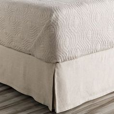 Evelyn Bed Skirt in Neutral