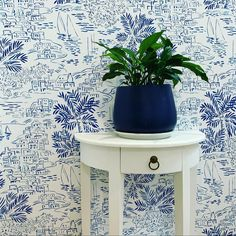 A sophisticated beach scene inspired by a Mediterranean summer Modern Wallpaper, Home Wallpaper, Blue Wallpapers, Beach Scenes, Gold Coast, Interior Styling, Inspired, Table, Summer