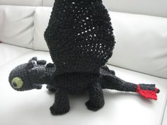 Amigurumi Toothless : Pattern instant download month to adult toothless hat how to
