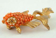 HATTIE CARNEGIE RARE VINTAGE COSTUME JEWEL FISH PIN/BROOCH