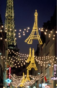 Navidad eiffel tower