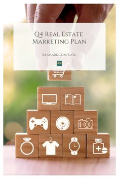 Here's a comprehensive Q4 Real Estate marketing plan to keep Realtors' inboxes full and the phone ringing with prospective home buyers and sellers. Mail Marketing, Marketing Plan, Marketing Tools, Real Estate Marketing, Christmas Events, Christmas Holidays, Thanksgiving Cards, Autumn Theme, Lead Generation