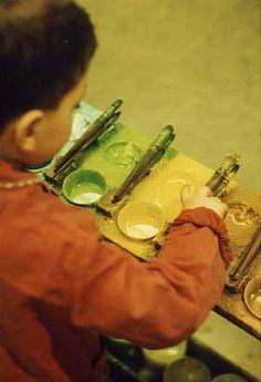Arno Stern Official Website. Le Closlieu, un espace spécifique (atelier de peinture, enfants, adultes)