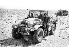 Captured Morris Light Truck in DAK service British Army, British Tanks, Afrika Korps, Ww2 Photos, Star Citizen, Skin So Soft, North Africa, World War Ii, Military Vehicles