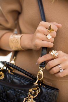 van cleef & arpels paris CH Carolina Herrera Coat c/o (similar here, here and here), Nasty Gal Pants, CH Carolina Herrera Top (similar here and… High Jewelry, Luxury Jewelry, Gold Jewelry, Jewelery, Jewelry Accessories, Fashion Accessories, Van Cleef And Arpels Jewelry, Van Cleef Arpels, Fashion Rings